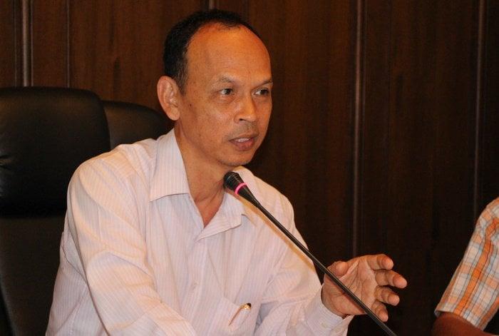 Phuket governor remains calm despite beach protest in Bangkok | The Thaiger