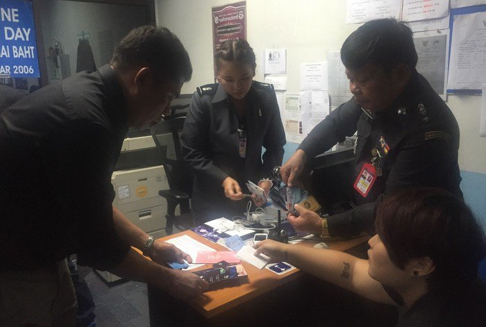 Busted at Phuket boarding gate for fake credit card shopping spree | The Thaiger
