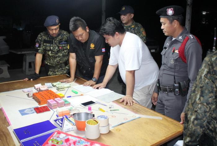 16 arrested in gambling ring bust   The Thaiger