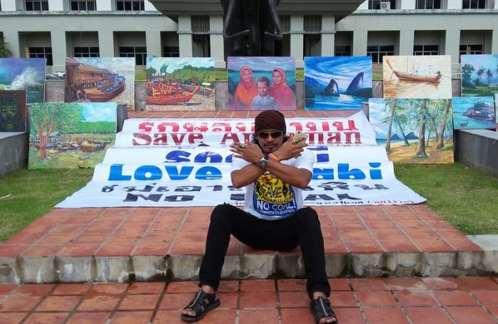 Local artists protest coal plant | The Thaiger