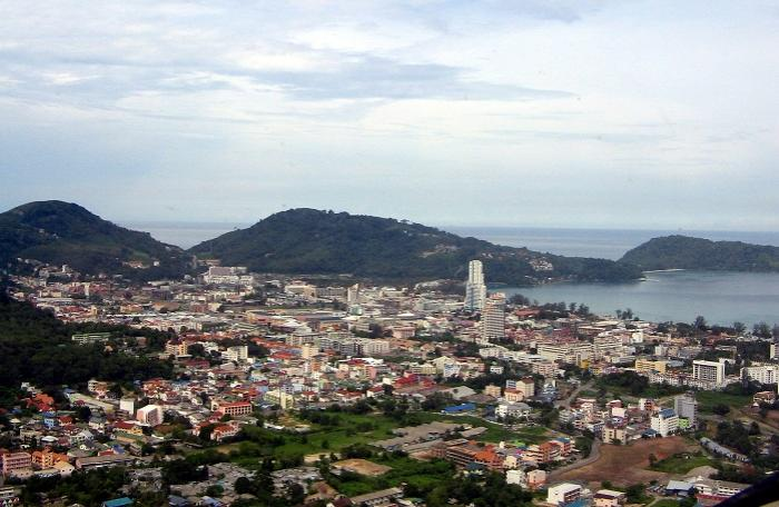 French man jumps to his death from Patong hotel | The Thaiger