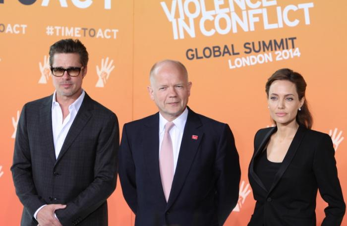Angelina Jolie's visit to Phuket temple sparks Hindu enthusiasm | The Thaiger