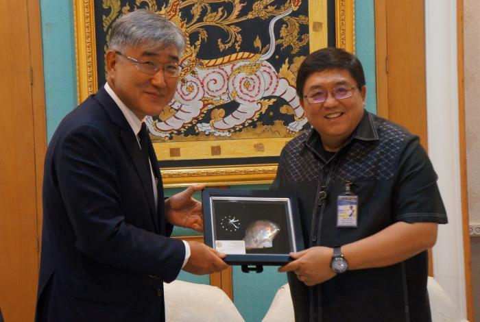 South Korean Ambassador and Phuket Gov talk safety, technology | The Thaiger