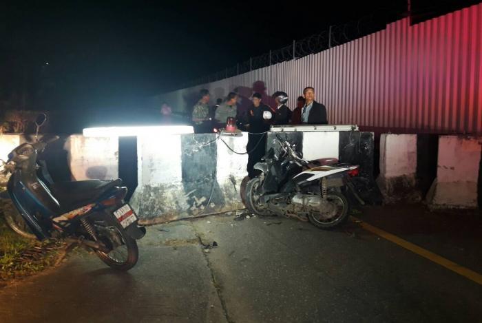 Speeding biker breaks neck in barrier crash   The Thaiger