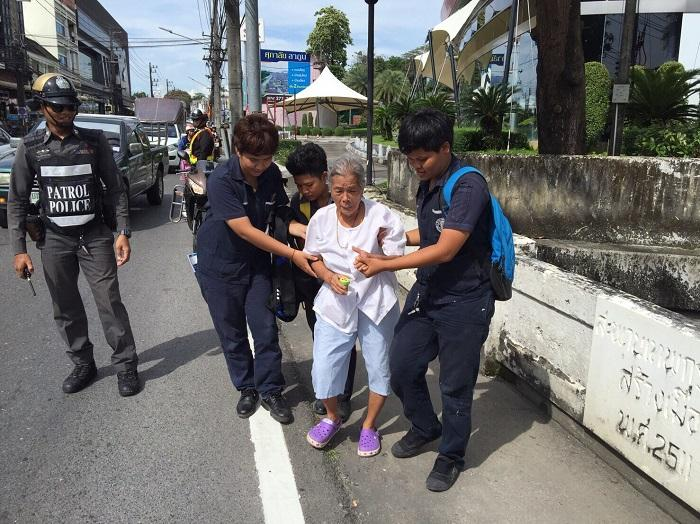 70-year-old mother 'beaten by son' attempts bridge jump | The Thaiger