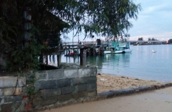 Marine Office prepares to tackle Mai Khao encroachment | The Thaiger