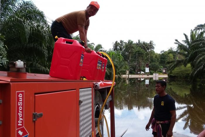 DDPM drains flooded areas in Krabi | The Thaiger