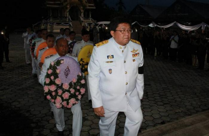 Royal wreath ceremony held to honor fallen Phuket soldier | The Thaiger