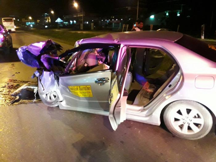 Two more Chinese tourists badly injured in Phuket taxi crash | The Thaiger
