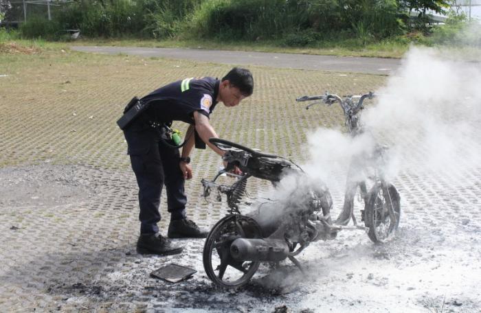 Police search for Phuket bike burner   The Thaiger