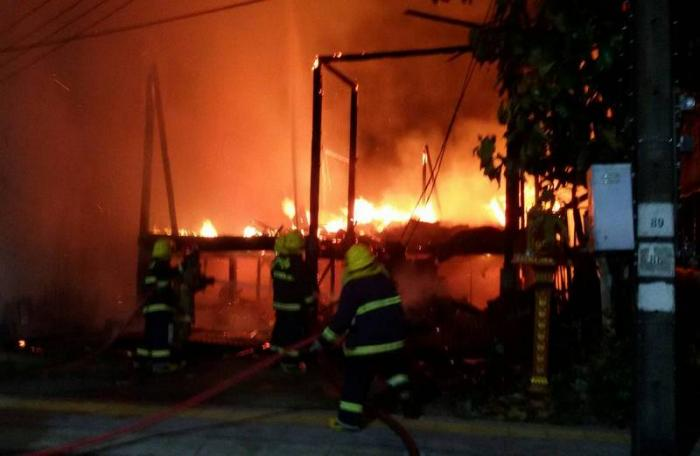 Homeless man blamed for Phuket Town fire | The Thaiger