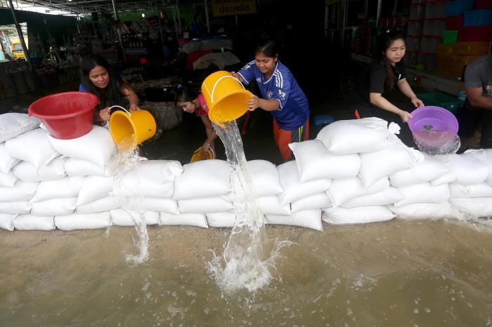 Phuket social club asks for donations for flood victims in Nakhon Sri Thammarat | The Thaiger