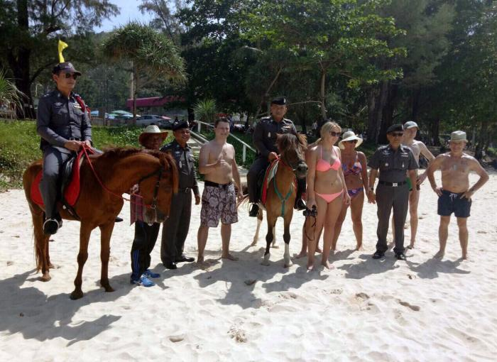 Police pony patrol trial trotted out at Surin Beach | The Thaiger
