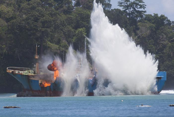 Last toothfish poaching vessel of 'Bandit 6' sunk   The Thaiger