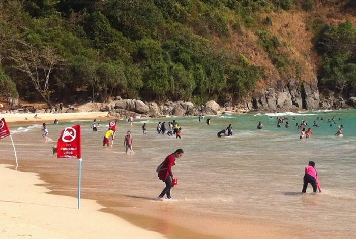 Rip currents wreak havoc at Nai Harn, one swimmer in ICU   The Thaiger