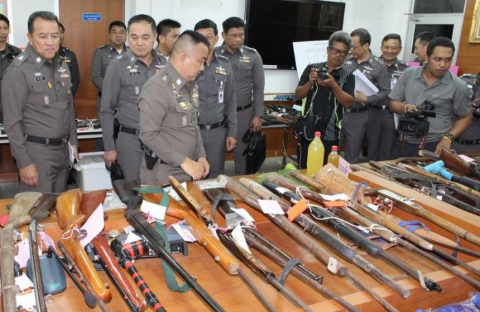 Songkran crime sweep nets hundreds of suspects   The Thaiger