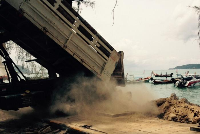 Rawai sea wall shored up after collapse | The Thaiger