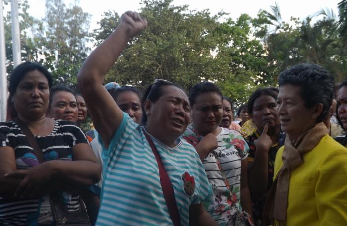Sea gypsies break down over letter 'misunderstanding' | The Thaiger