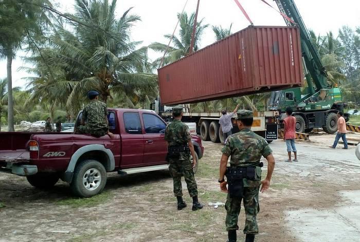 Final demolitions hit Lay Pang and Layan | The Thaiger