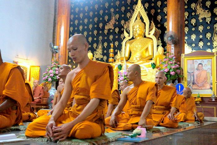 Three-day public holiday begins for Buddhist lent | The Thaiger