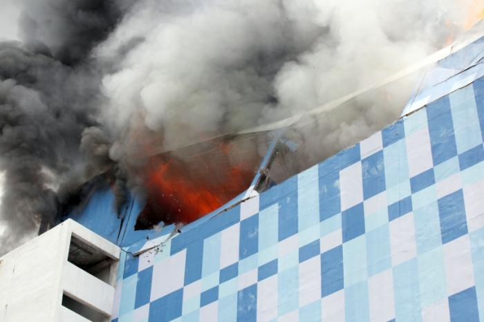 Probe launched into fierce cinema fire | The Thaiger