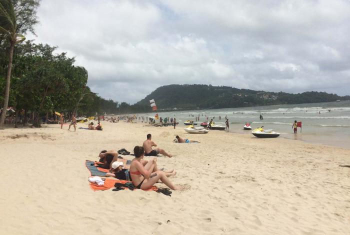 Thai tourism takes brief hit after bombings | The Thaiger