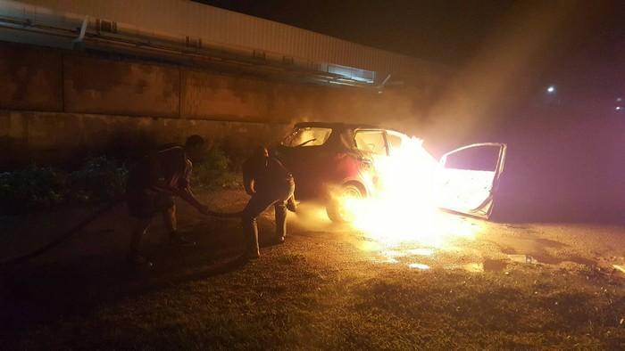 Mazda blows up in Krabi dentist's driveway | The Thaiger