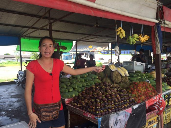 Phuket Town fruit vendors fed up with theft   The Thaiger