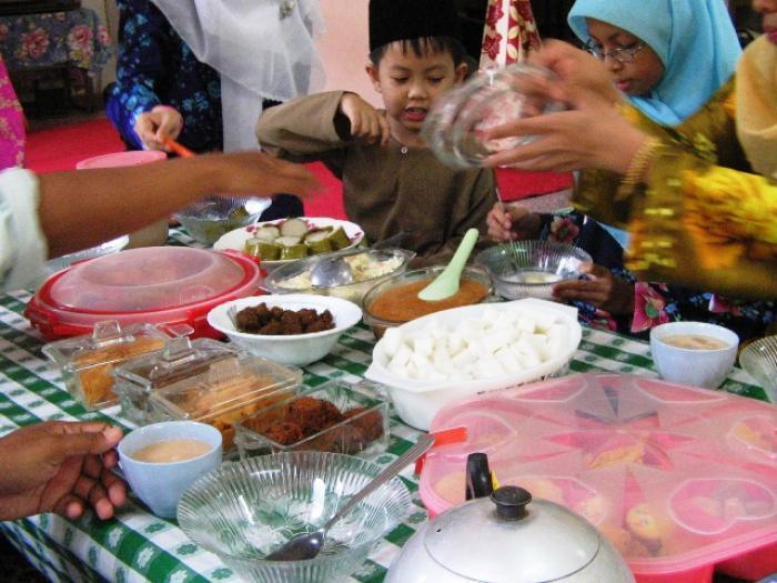 Phuket Muslims celebrate Sacrifice Feast | The Thaiger