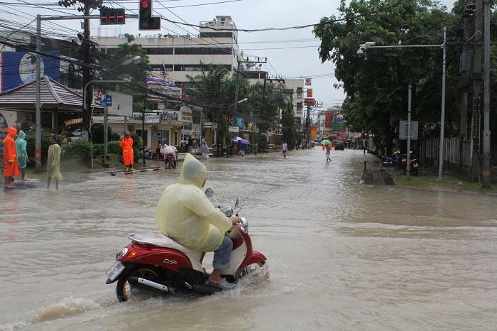 Flood, landslide warnings for Phuket, Phang Nga and Ranong | The Thaiger