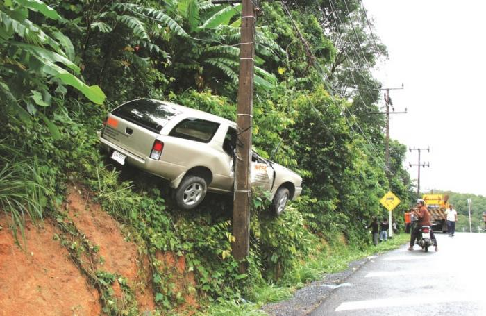 Tougher driving tests down the road   The Thaiger
