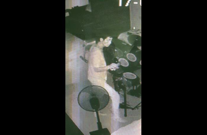 Phuket police hunt for Rawai burglary suspect   The Thaiger