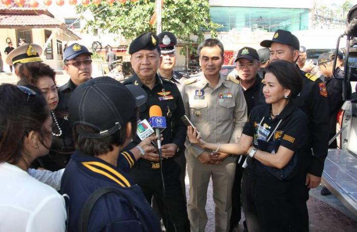 Patong parking complaints spark military blitz | The Thaiger