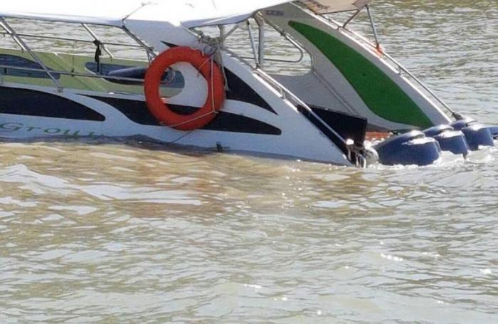 French, Italian tourists rescued from Phuket speedboat crash | The Thaiger
