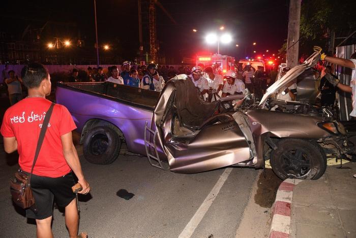 Deadly crash kills one near Central Festival Phuket | The Thaiger