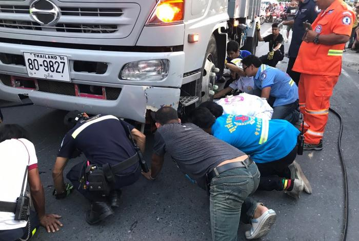 University students killed in horrific Phuket crash | The Thaiger