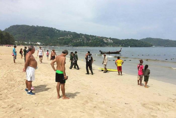 Unidentified foreign tourist's body recovered from Phuket beach   The Thaiger