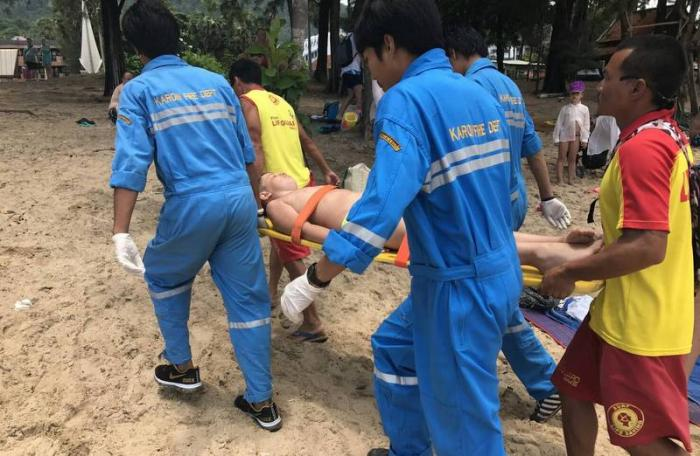 10-year-old Russian tourist injured in Phuket parasailing accident | The Thaiger