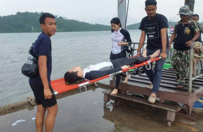 Chinese, Korean tourists rescued in near-drowning incidents | The Thaiger