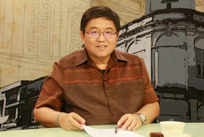 Ex-Gov Chokchai bids farewell to Phuket after transfer order | The Thaiger