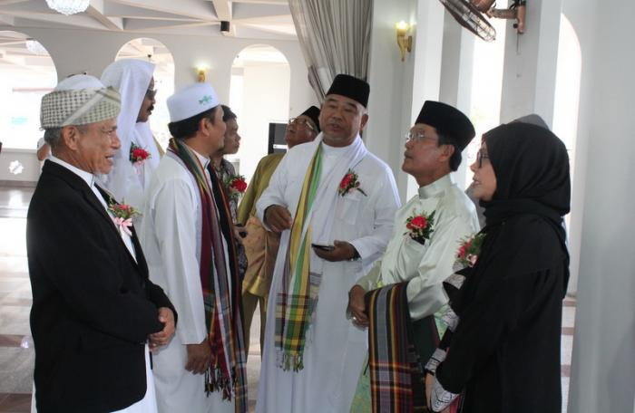 Brunei minister unveils new mosque in Phuket | The Thaiger
