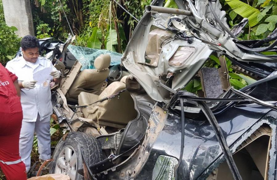 Phuket tourists injured, driver's arm severed in another high-speed crash | The Thaiger
