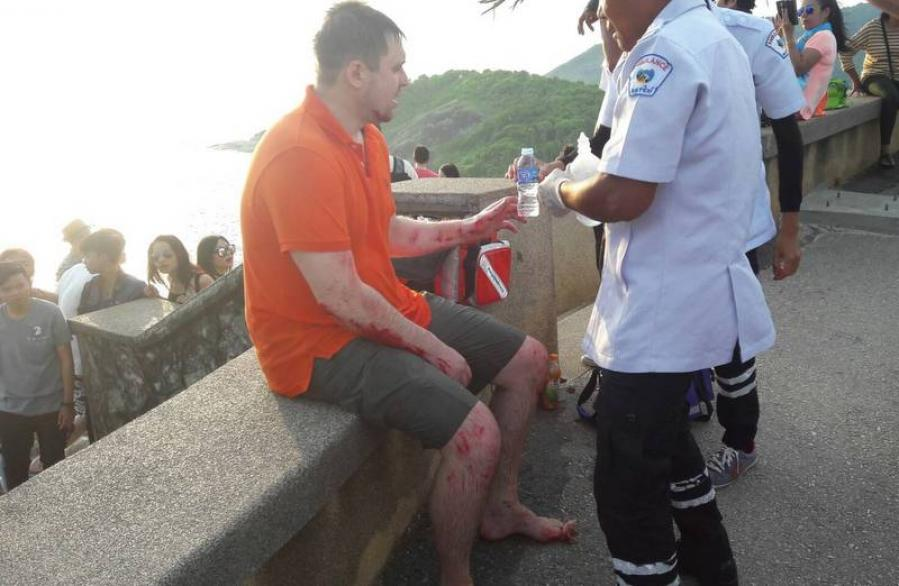 Russian tourist injured after falling off Phuket's Promthep Cape | The Thaiger