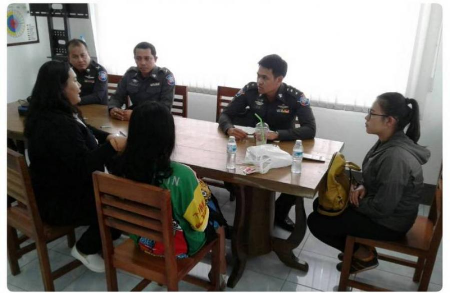 Illegal Chinese tour guide arrested in Phuket | The Thaiger
