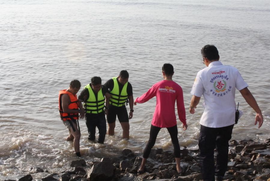 Phuket lovers' quarrel ends in near-drowning | The Thaiger