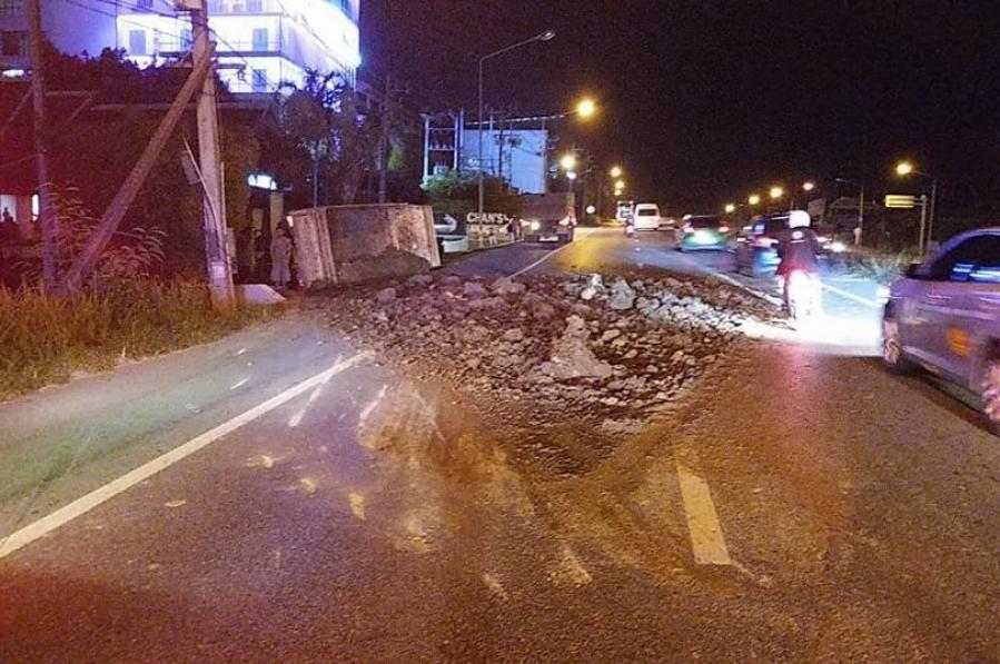 Driver leaped from truck moments before explosion, flip-over | The Thaiger