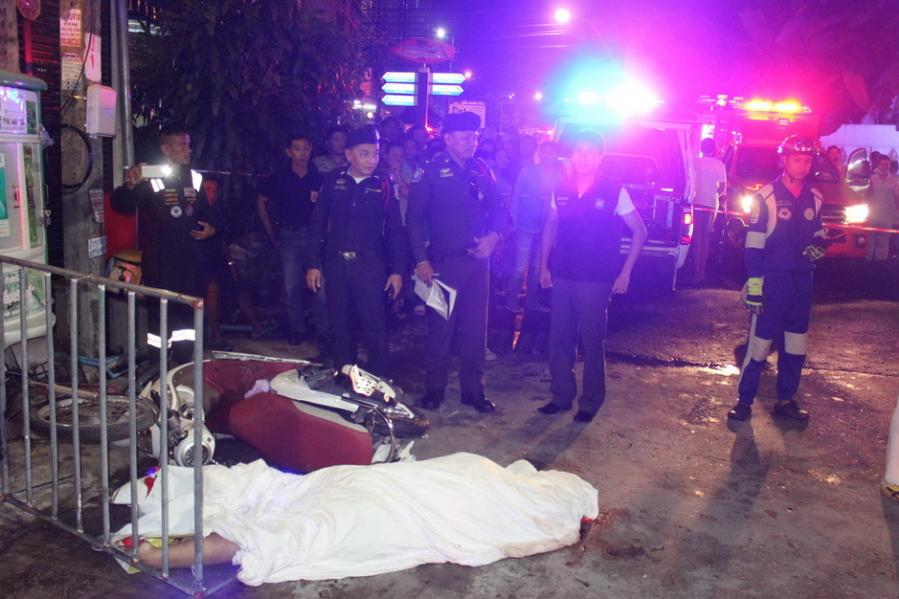 One killed, several Chinese tourists injured in bus crash on Patong Hill | The Thaiger