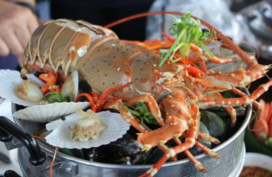 Phuket Lobster Festival to be held next month | The Thaiger