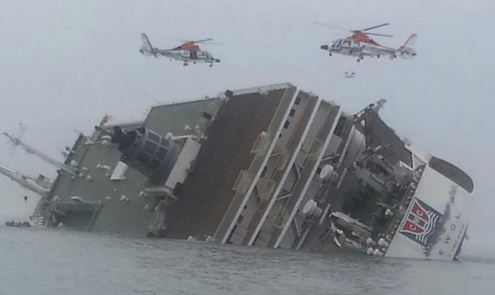 Phuket Gazette World News: Hundreds rescued as cruise liner sinks off South Korea | Thaiger