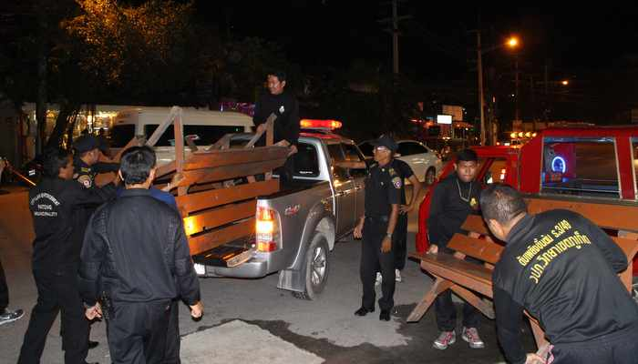 Patong's last illegal taxi stands torn down, raids move to Kalim | Thaiger